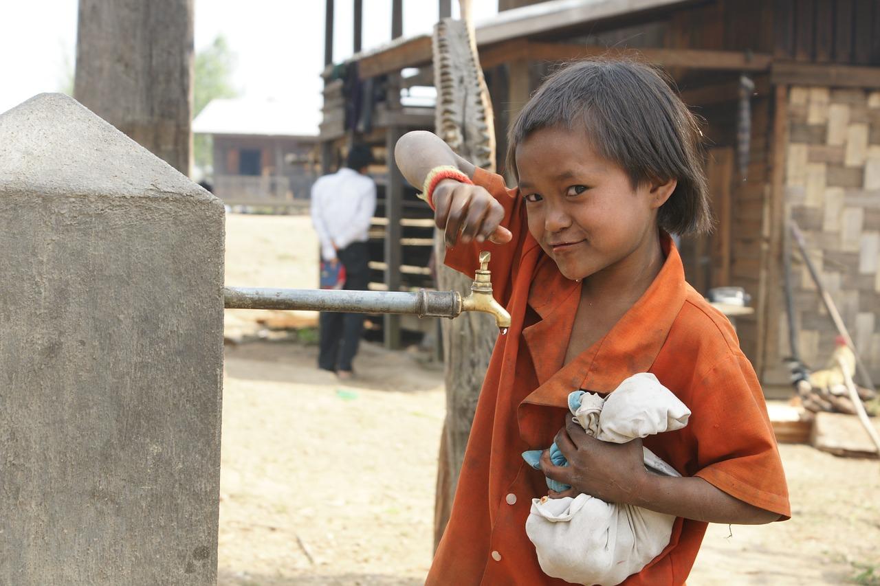 Alt for mange børn har ikke adgang til rent vand.